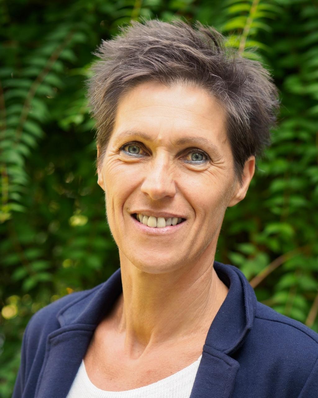 Anna Obernosterer: Leitung Beratung und Bildung