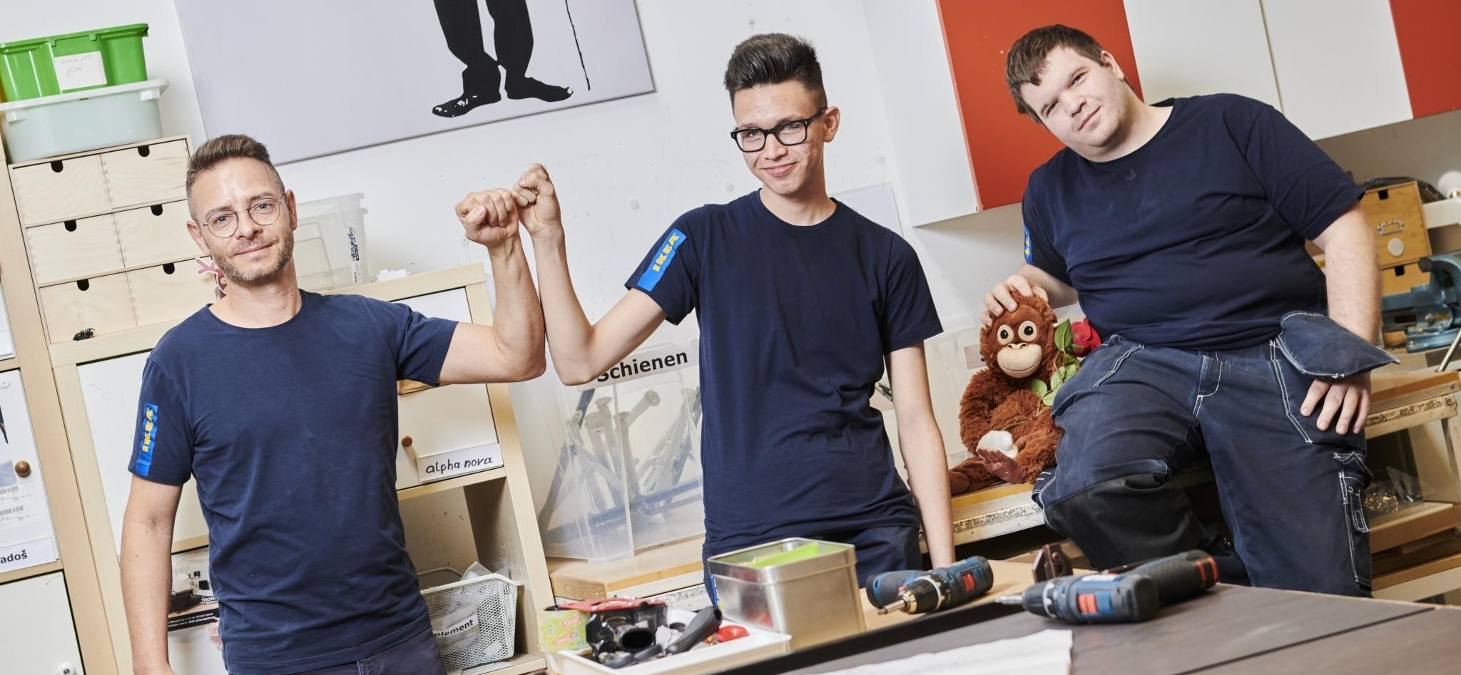 Team im IKEA Lager