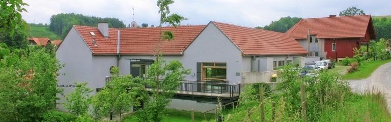 Wohnhaus Nestelbach von außen